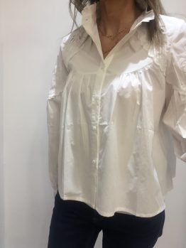 Chemise blanche brodée col rond